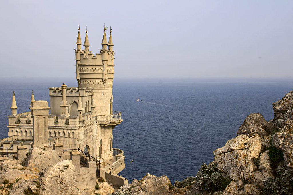 Crimea_06 nido di rondine palazzo yalta