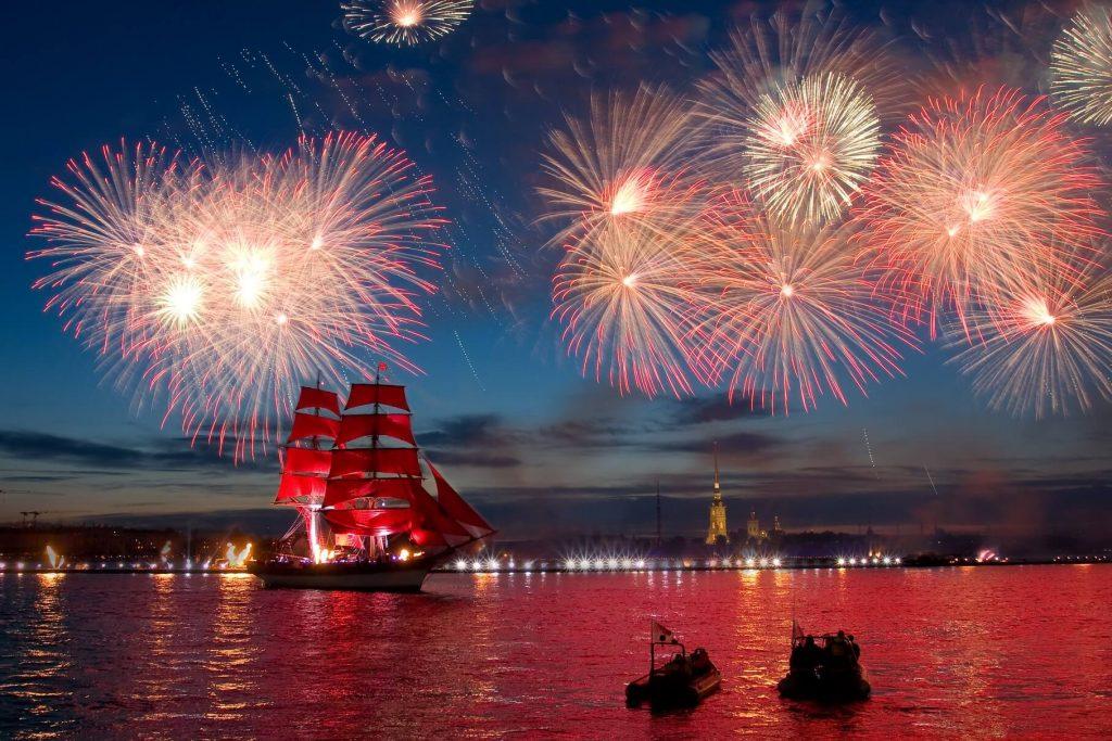 Festa delle Vele Scarlatte – San Pietroburgo – eurasian travel.pg