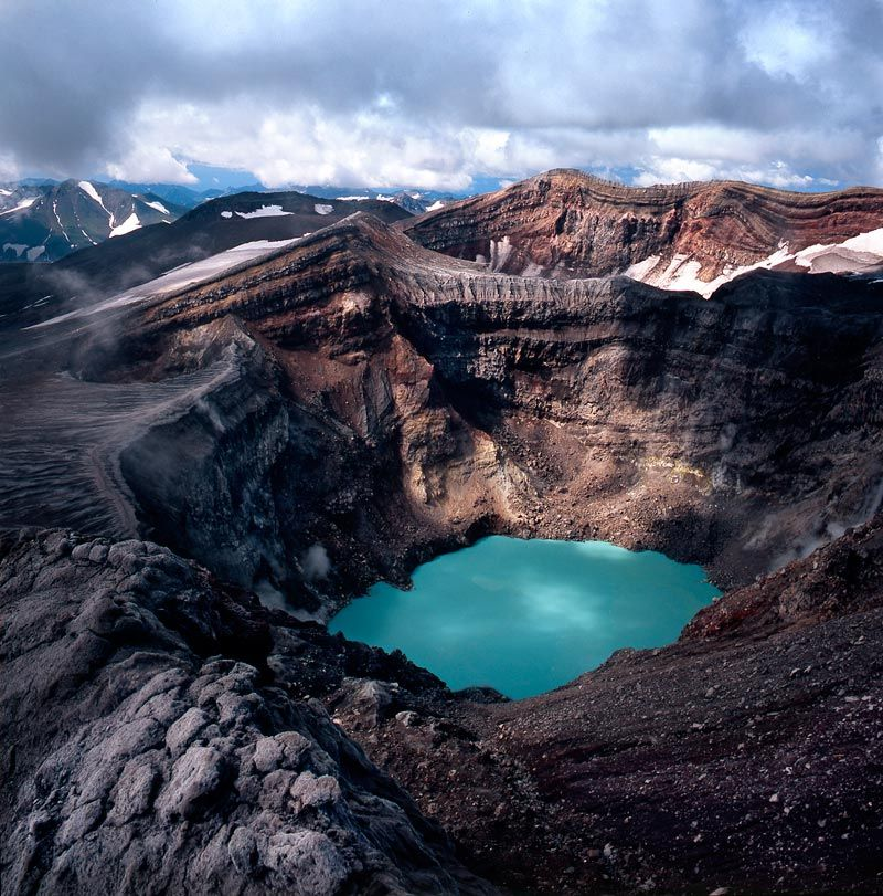Vulcano Gorelyj-kamcatka-eurasiantravel-sorgenti termali-vieni a scoprire la kamcatka