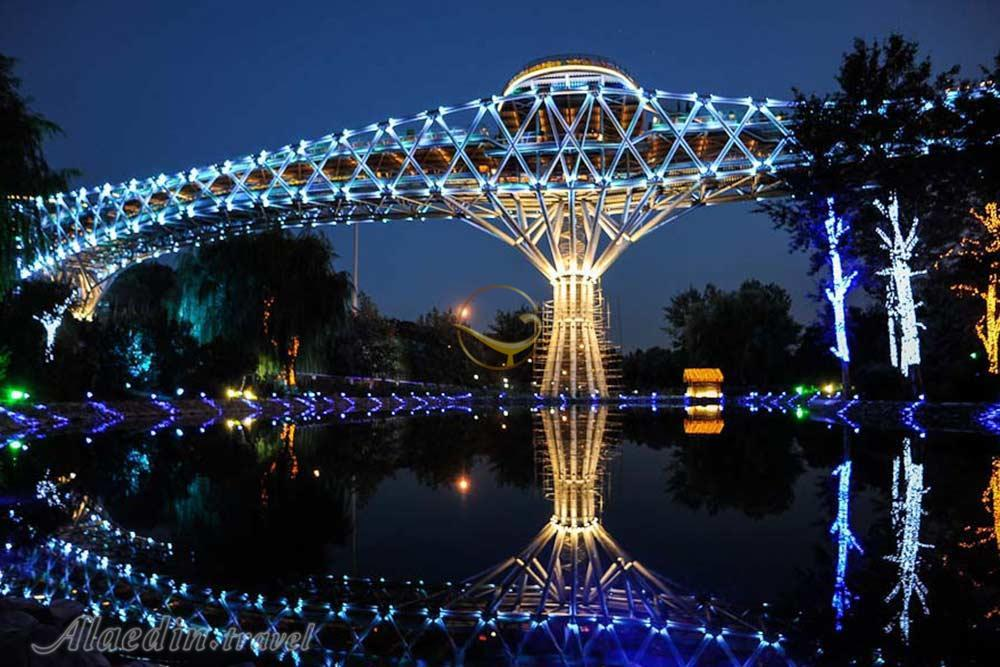 TEHERAN Ponte Tabiat